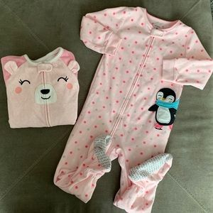Carter's Blanket sleepers bundle 😴